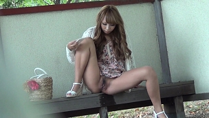 Provocation Pee Of The Abnormal Woman - Scene 5
